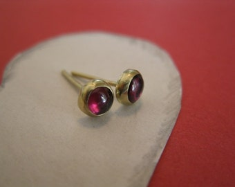 Garnet - 14K  Gold Post Earrings