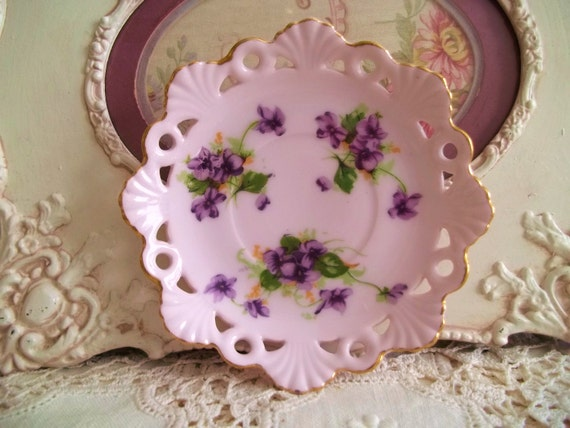 Vintage Violets Tiny Small Scalloped Plate Child Size