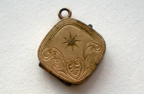 SALE Antique Victorian Rose Gold Starburst Locket