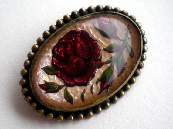 Vintage Glass Intaglio Rose Flower Brooch