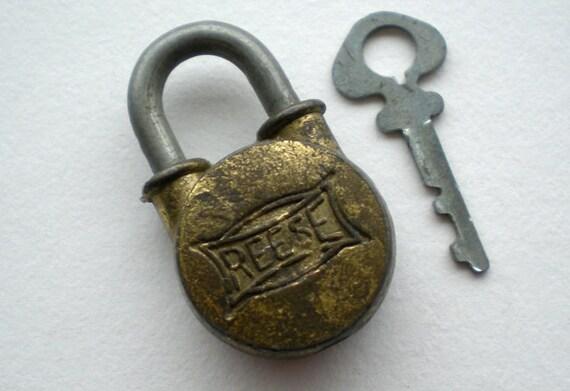 Vintage Brass Padlock and Key (Z)