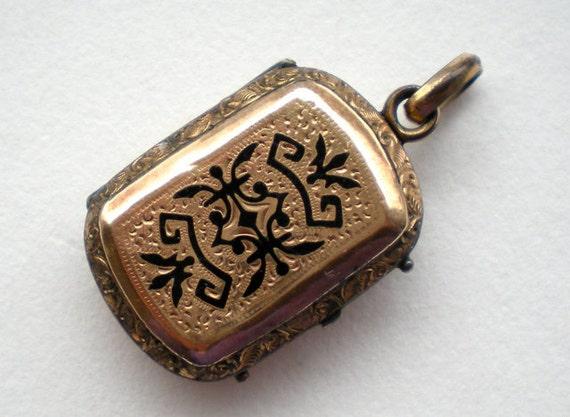 Antique Victorian Gold Enamel Locket