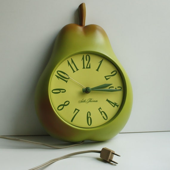 Vintage Seth Thomas Pear Wall Clock By Kitchentablevintage