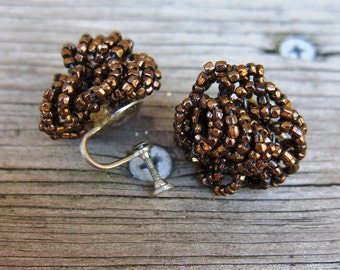 Vintage 1960s Love Knot Earrings in Sparkly Coffee Brown / 60s Beaded Clip Earrings, Screw-On