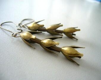 Wheat dangle earrings in brass, brass earrings