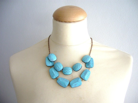 Turquoise necklace imitation wood