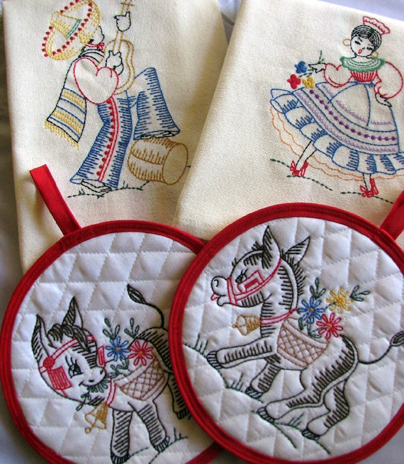 Embroidered Retro Inspired Mexican Kitchen Towel/ Pot Holder