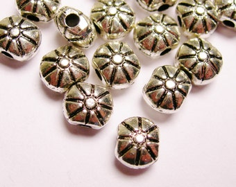 Silver color  beads hypoallergenic- 100 pcs - round engraved silver puff oval beads - ZAS 59