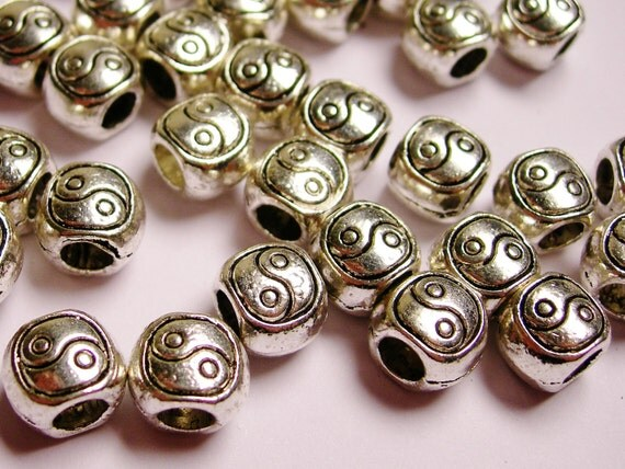 Silver color  beads hypoallergenic- 15 pcs -  silver ying yang large hole beads