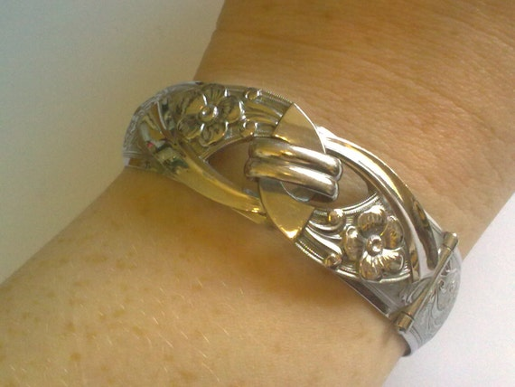 Chrome Art Deco Bangle... Unusual Flower pattern