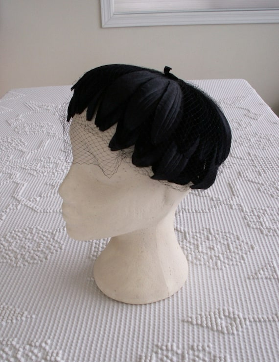 Vintage Black Velvet and Satin Fascinator Hat 1950s
