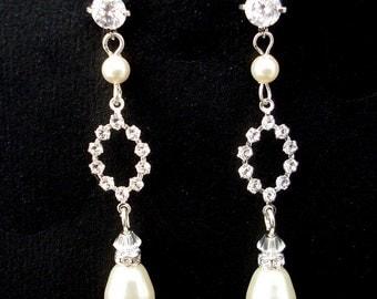 Bridal Earrings,Pearl Bridal Earrings,Ivory or White Pearls,Crystal Earrings,Stud Earrings,Bridal Rhinestone Earrings,Stud,Pearl,cz,GIADA