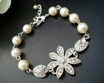 pearl rhinestone Bracelet, bridal pearl bracelet, Statement Bridal Bracelet,,Wedding Rhinestone Bracelet, swarovski pearl bracelet, SHELBY