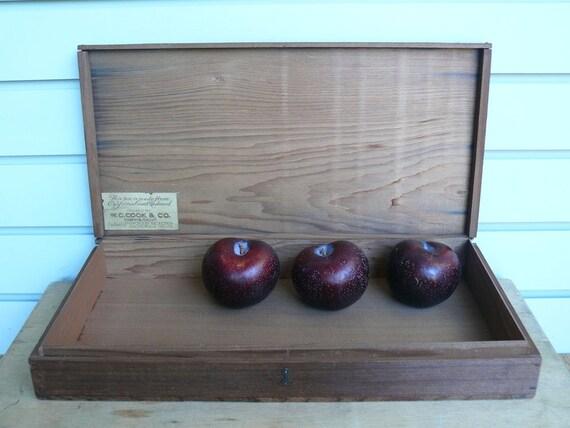 Vintage Lidded Fruit Redwood Box