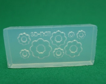 M26 Flexible Mold/Mould - 8 in 1 - Fancy Donuts for Making Miniature Food / Doll House Deco / Jewelry Making /Nail Art