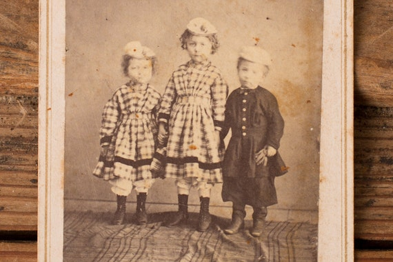 Vintage CDV Photo Card of Three Girls in Dresses & Hats