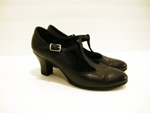 Size 6 Black Leather T STRAP Pumps Shoes
