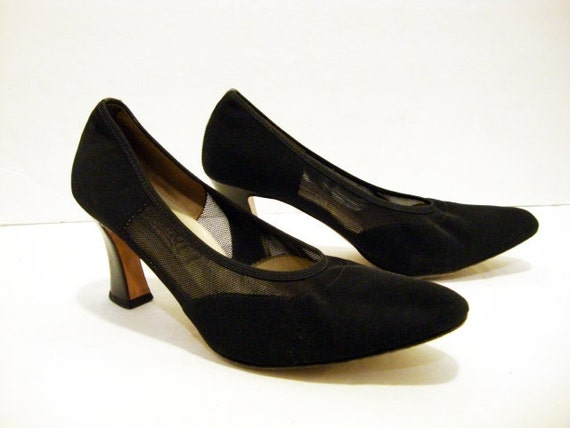 SUMMER SALE Size 9 Black Leather MESH Pumps Made in Italy