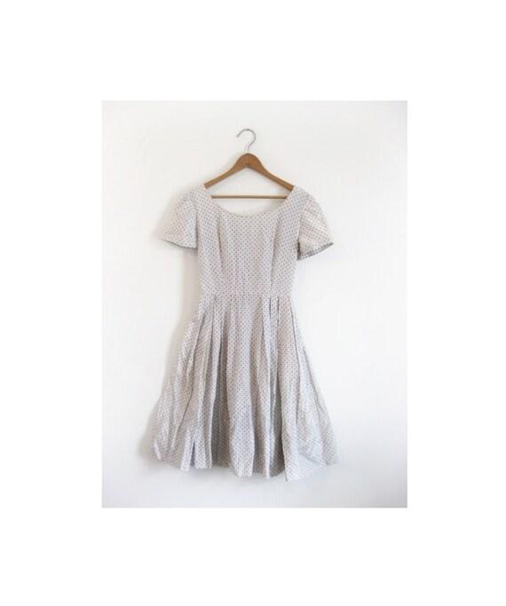 1940s-1950s MOD classic pretty dress
