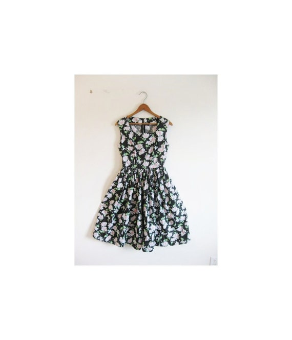 hold hold hold 1940s-1950s DAISY floral classic tea dress