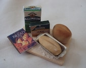 DOLLS HOUSE MINIATURES - BREAD MAKING SET