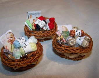 DOLLS HOUSE MINIATURES - 1/12th Knitting Basket x 1