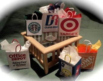 Dolls House Miniatures- 1/12th Shopping Bags set 12