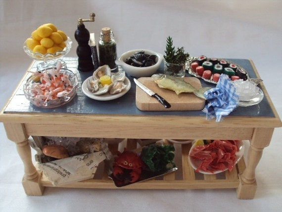 DOLLS HOUSE MINIATURES - Fisherman's Feast