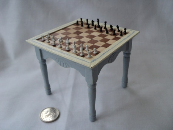 DOLLS HOUSE MINIATURES - Chess Table And Pieces