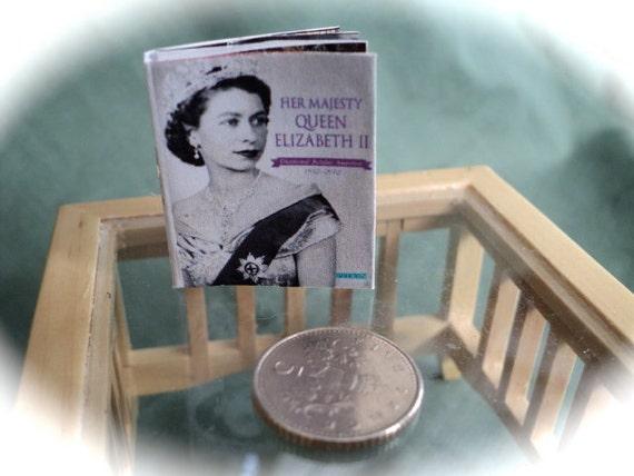 DOLLS HOUSE MINIATURES - 1/12th Royal Diamond Jubilee Openable Magazine