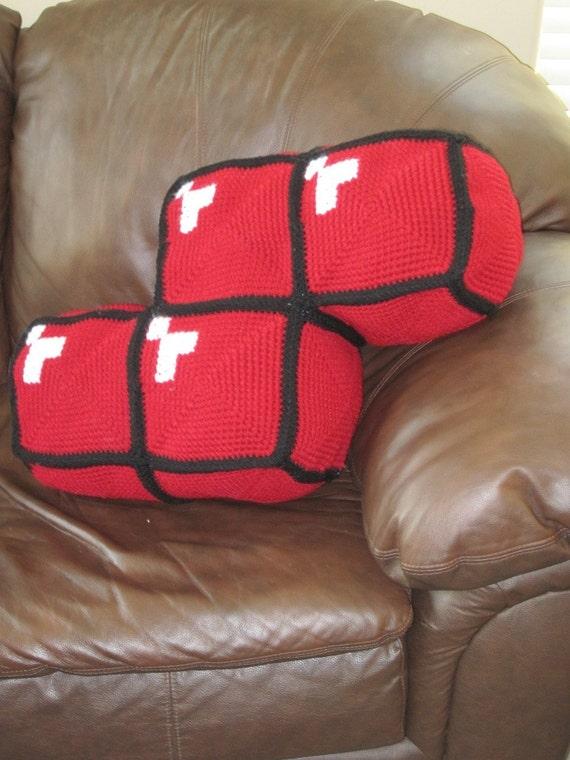 Crochet Tetris Block Pillow-Red