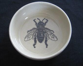 Honey bee bowl