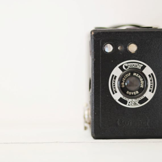 1937 Coronet Rex Made in France Camera