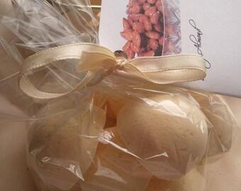 3 bath bombs 4 oz each (Honey Almond) gift bag bath fizzies, perfect for dry skin