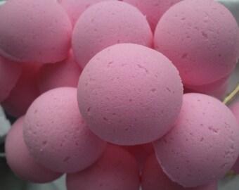 14 bath bombs in Plumeria fragrance, gift bag bath fizzies, great for dry skin, shea, cocoa, 7 ultra rich oils