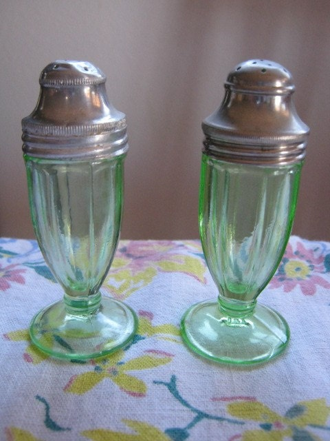Anchor Hocking Glass CorporationGLASS BOTTLE MARKS