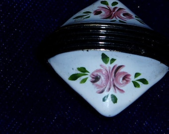 Antique Glass Sewing Button H/P Roses Metal Shank Floral