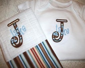Personalized Appliqued Initial Boys or Girls Onesie and matching burp cloth set
