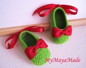 Red Bow-Tie Green Crochet Baby Booties - Size From 0-12mos