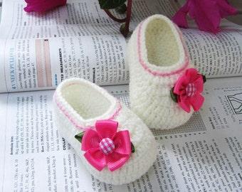 Pink Flower Crochet Baby Booties - 4 Sizes