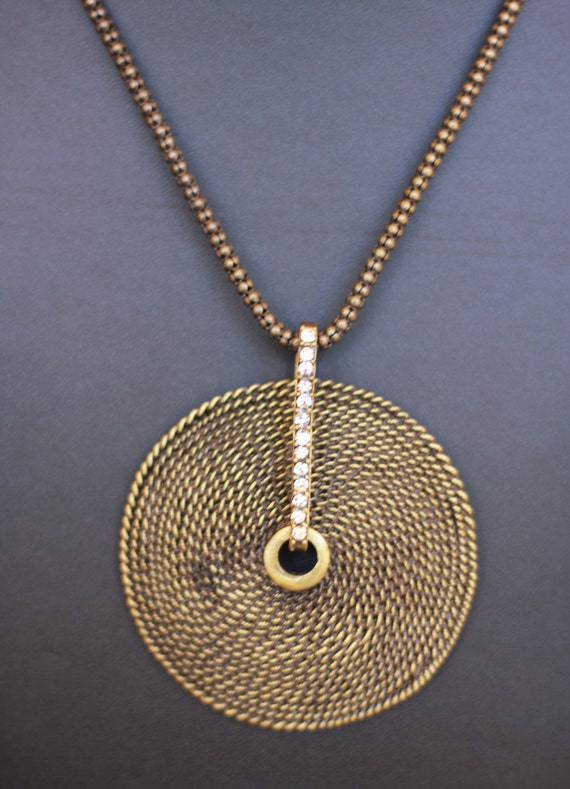 CLEARANCE! Lovely dull copper round pendant necklace