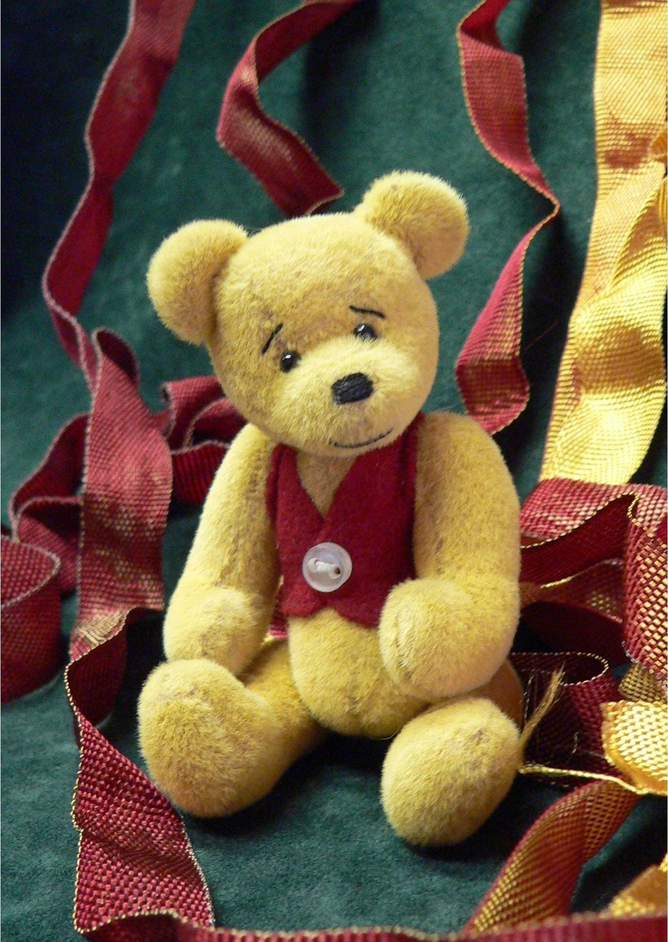 Miniature Artist Teddy Bear PDF Sewing Pattern William