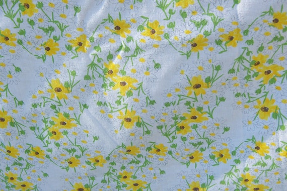 Vera Neumann 70s Daisy Tablecloth