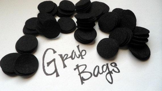 Wool Felt Circles 100 - 1 inch Black. 671