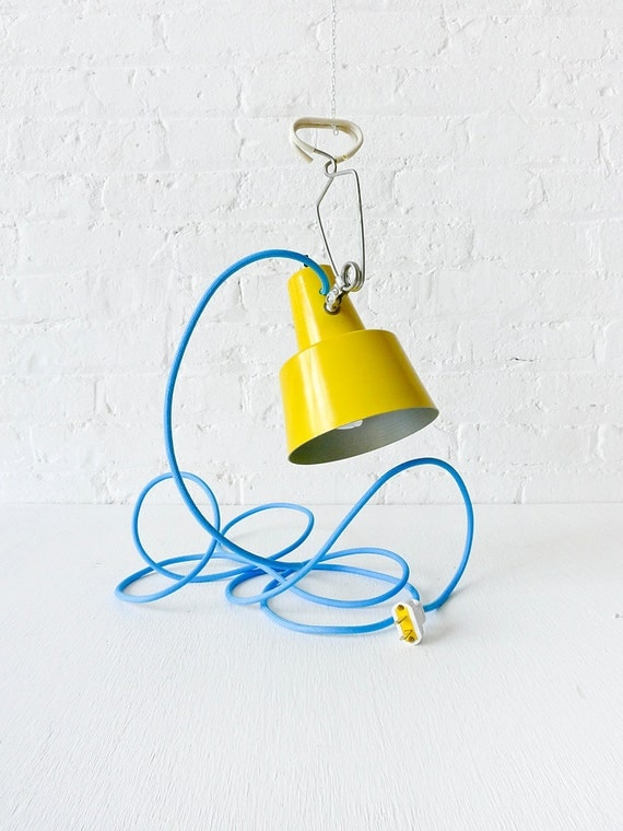 Vintage Clip Light - Retro Work Lamp w/ Blue Color Cord