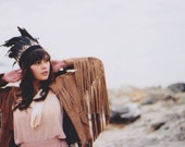 D E S E R T R O S E Black Rooster Feather Headdress