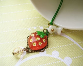 Phone/ Dust Plug charm with strawberry cabochon and glass flowers - Ichigo