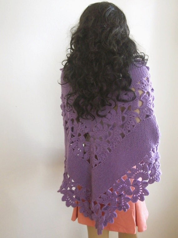 Beautiful Triangle Violet Shawl