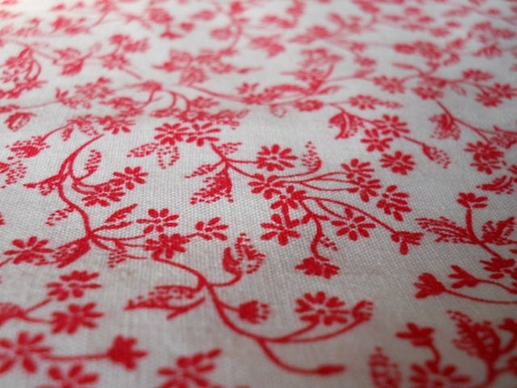 Red and White Cotton Fabric 70s Floral Print 2 and Half Yards Perfect for Valentine Box