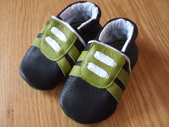 black and green baby tennis shoes 12-18 months